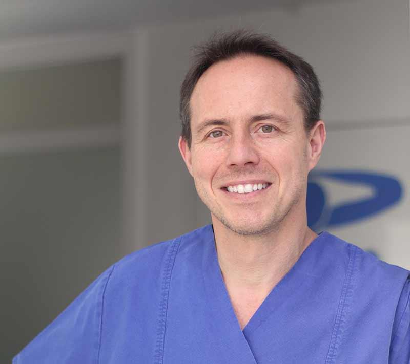 Ihr Zahnarzt in Ludwigsburg, Dr. Markus Jung.
